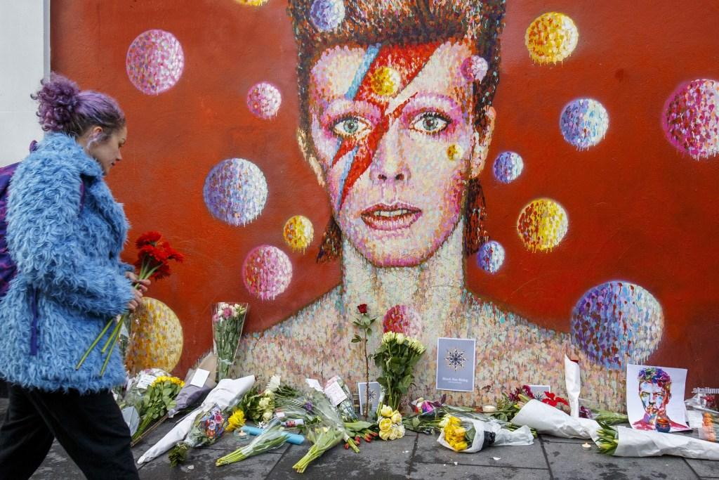 Britain commemorates Rock legend David Bowie in London
