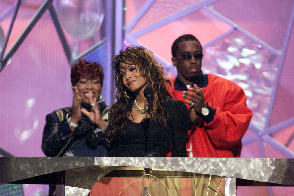 2001 Fox Billboard Music Awards - Show