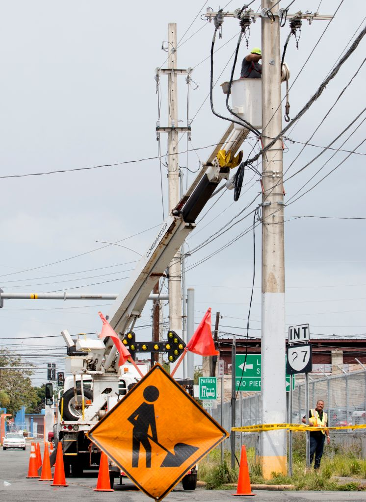 Puerto Rico Suffers From Island Wide Power Outage
