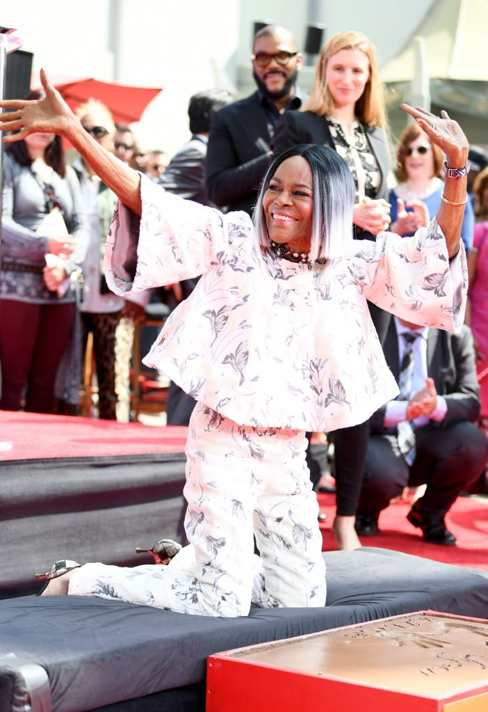 2018 TCM Classic Film Festival - Hand and Footprint Ceremony: Cicely Tyson