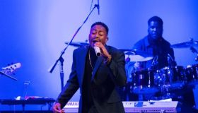 5th Annual Raheem DeVaughn & Friends Washington DC Holiday Charity Concert