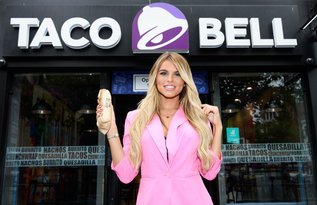 Taco Bell Best chat up lines with Hayley Hughes