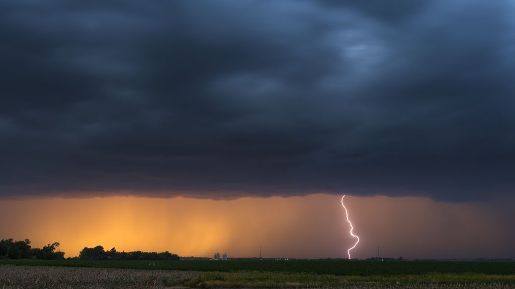 Stunning super storms in Nebraska USA