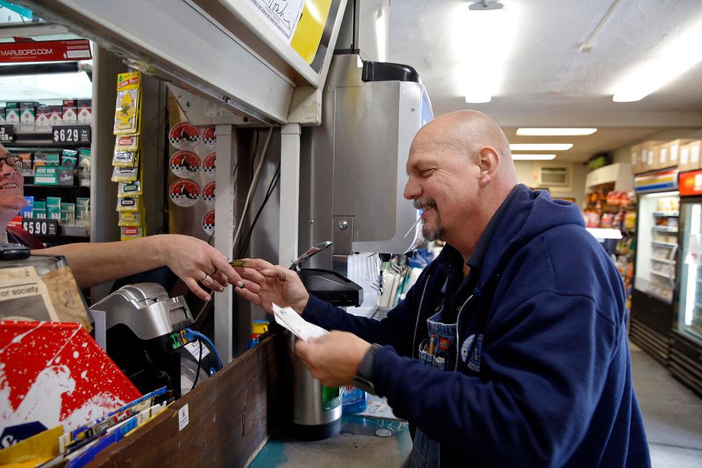 Lotto sales brisk for $1.6B jackpot