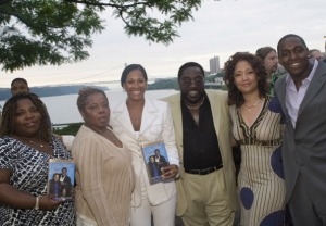 """Eddie Levert Signs Copies of His New Book """"I Got Your Back"""" - June 4, 2007"""