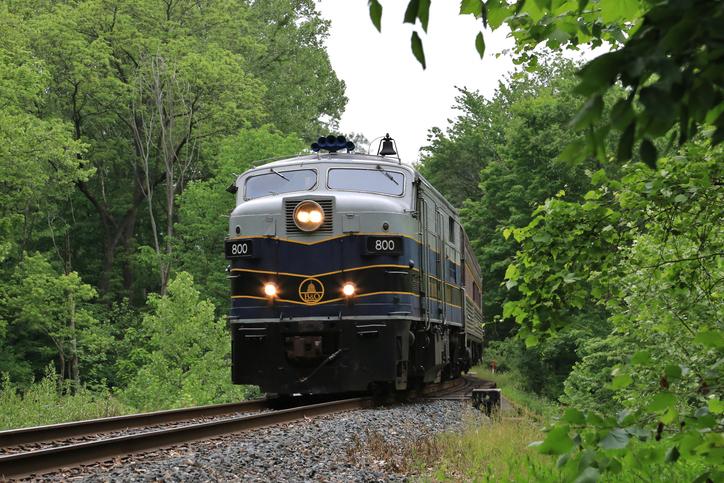 Scenic Passenger Train running along the Cuyahoga Valley National Park, Peninsula, Ohio, USA