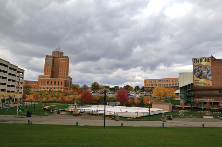 The landmark Lock 3 Park, Akron, Ohio, USA