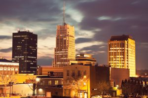 USA, Ohio, Akron, Sunset in downtown