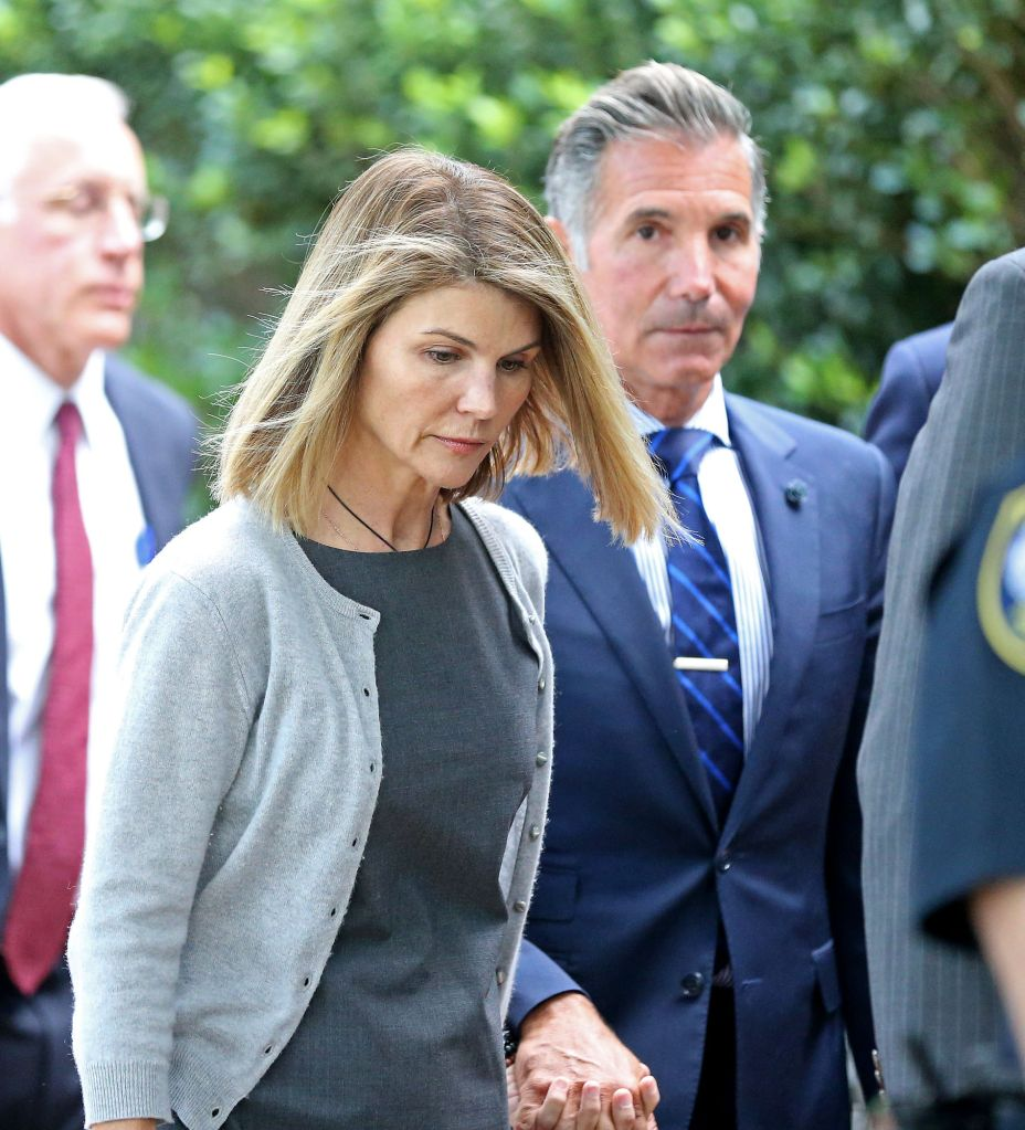 BOSTON MA. - AUGUST 27: Actress Lori Loughlin and her husband Mossimo Giannulli leave Moakley Federal Courthouse after a brief hearing on August 27, 2019 in Boston, MA. (Staff Photo By Stuart Cahill/MediaNews Group/Boston Herald)