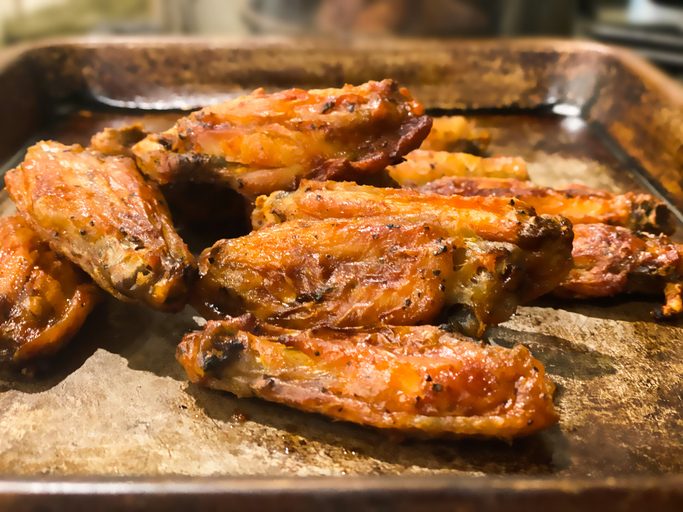 oven-roasted crispy olive oil coated chicken wings