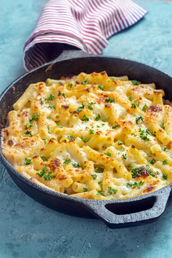 Macaroni and cheese in a cast iron skillet