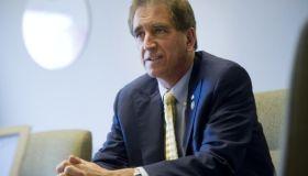 Rep. Jim Renacci campaigns
