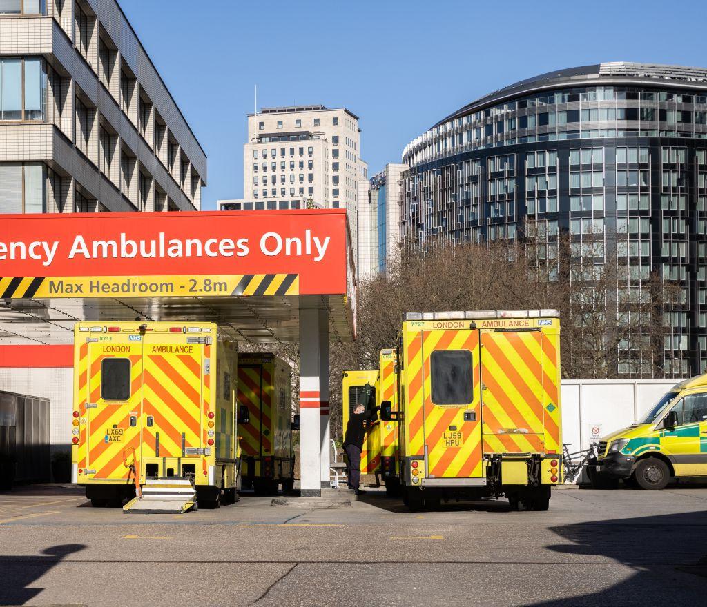 Ambulances at St Thomas' Hospital