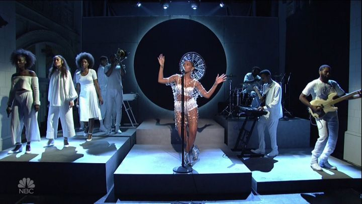 Solange performs at Saturday Night Live