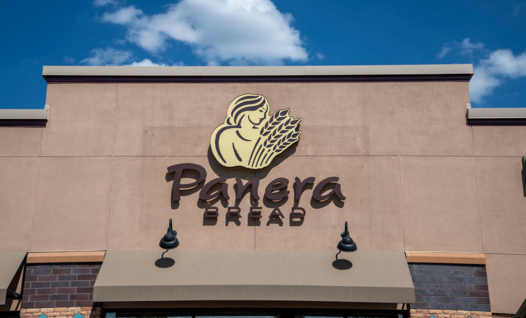 Vadnais Heights, Minnesota. Panera Bread company logo. Panera Bread Company is an American chain store of bakery-cafŽ fast casual restaurants.