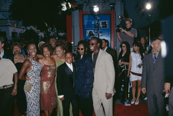 Cast of 'How Stella Got Her Groove Back' at the film's premiere