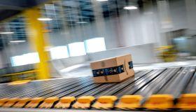Amazon warehouse in Eastvale