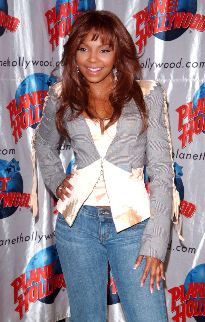 Ashanti Donates Memorabilia To Planet Hollywood NYC