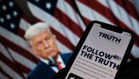 TOPSHOT-US-POLITICS-INTERNET-TRUMP-SOCIAL MEDIA-SPEECH